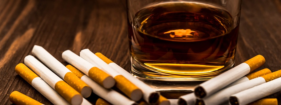 Bottle of wine equal to 10 cigarettes in terms of cancer ...
